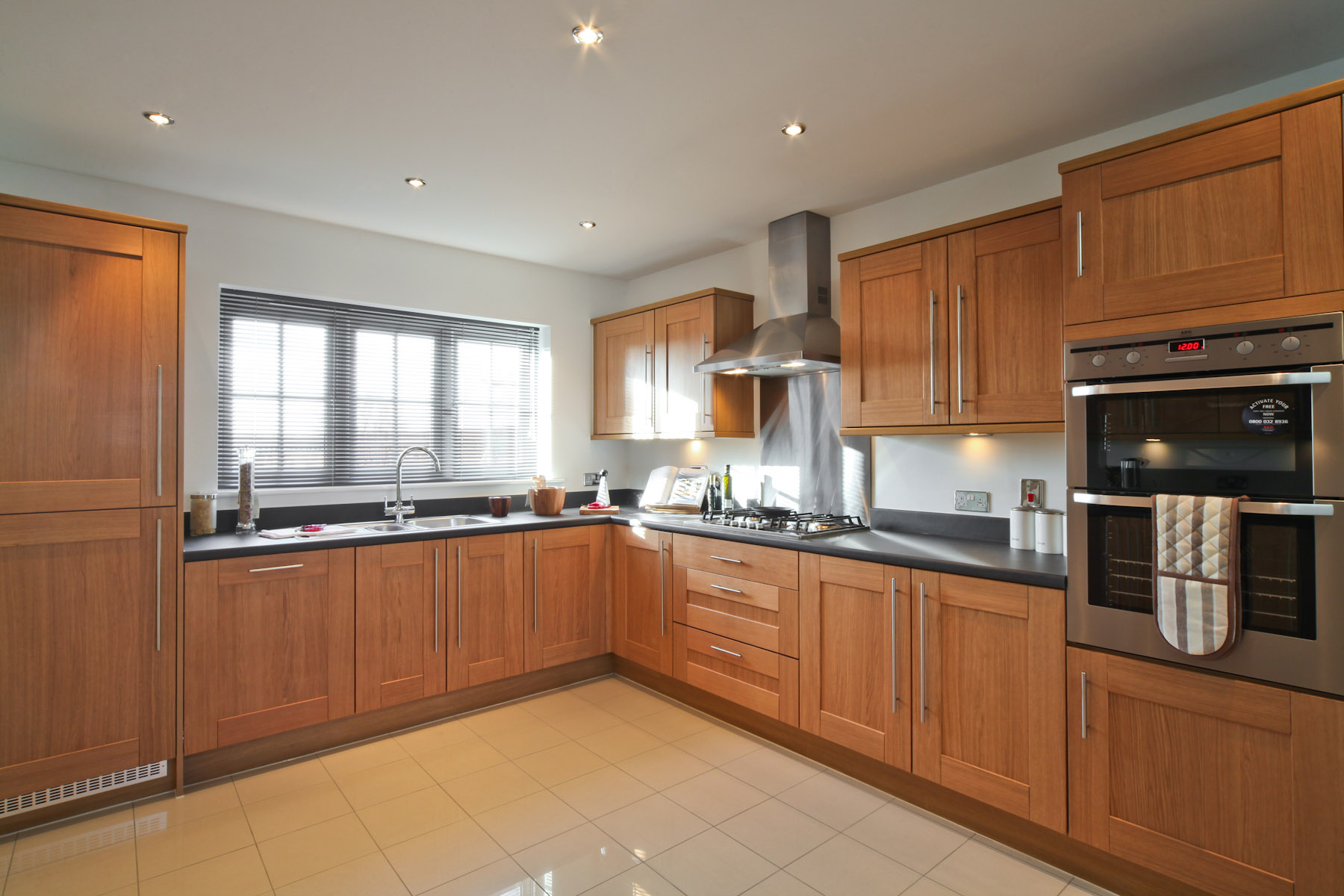 Taylor Wimpey typical kitchen 2